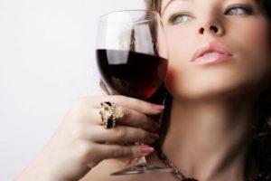 Какой алкоголь можно пить при диете и похудении