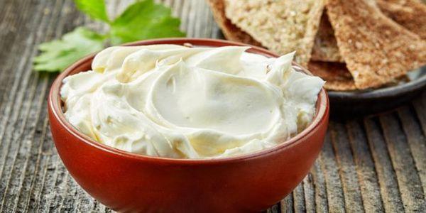 Сметанная диета и можно ли есть сметану при диете?