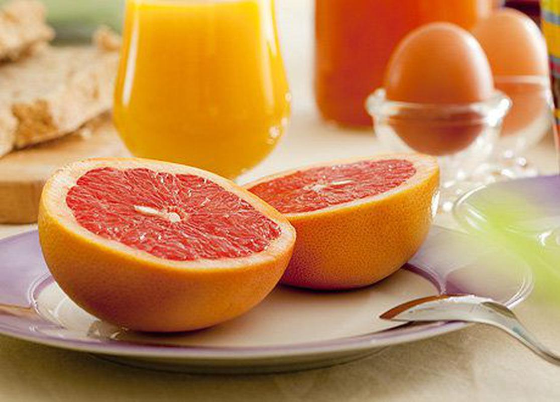 Самый эффективный разгрузочный день на кефире, яблоках, огурцах и воде