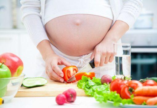Можно ли сидеть на диете при беременности